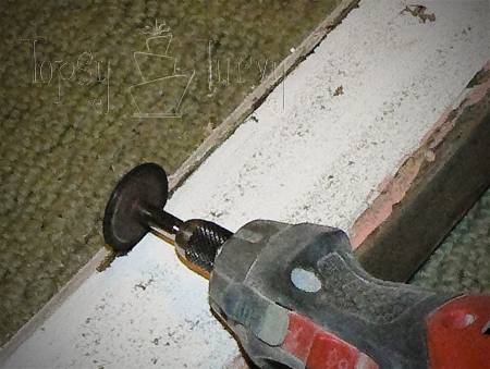 replacing glass in window using dremel cutting wheel out