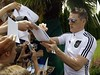 Schweinsteiger on training for World Cup 2010 (LizNN7) Tags: world africa cup del germany hotel football team do play fussball fifa south weltmeisterschaft wm national diversão mundial sokker mundo medio copa futebol uefa sul midfielder basti futbal fotball fútbol alemanha voetbal fodbold 2010 piłka mondo bastian áfrica mannschaft coupedumonde concentração milieu dfb jogador coppa jalkapallo treino seleção autógrafo jalgpall nożna kupasi speler fussballer nationalelf schweini middenvelder voetballer centrocampista fodboldspiller meiocampo mittelfeldspieler jalkapalloilija werelbeker liznn7