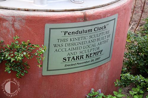 147-pendulum clock1