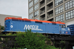 METX 122 (vxla) Tags: railroad chicago illinois power may engine rail trains transportation locomotive metra southloop freight embankment 2010 canadiannational cnic emd f40ph scal electromotive stcharlesairline vxla metx 2010s