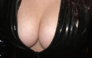 wet natural nude naked boobs pics: bigboobs
