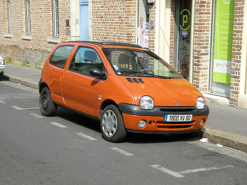 Renault Twingo orange