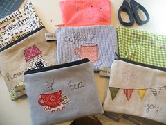 """picture dictionary"" pouches (monaw2008) Tags: house cup word tea handmade linen jeans fabric cotton pouch denim applique reused freemotion recyceled monaw monaw2008 upcyceled"