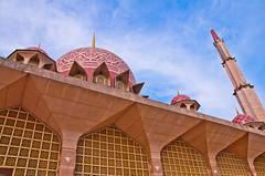 Putrajaya Mosque (Mk Azmi) Tags: putrajaya putrajayamosque