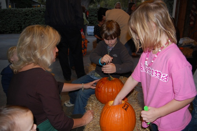 pumpkincarving2