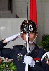 Honor Guard Salute (Mondmann) Tags: honorguard salute changingoftheguardceremony sunyatsenmemorialhall taipei taiwan guard soldier military rifle bayonet republicofchina asia travel memorial history mondmann fujifilmxt10