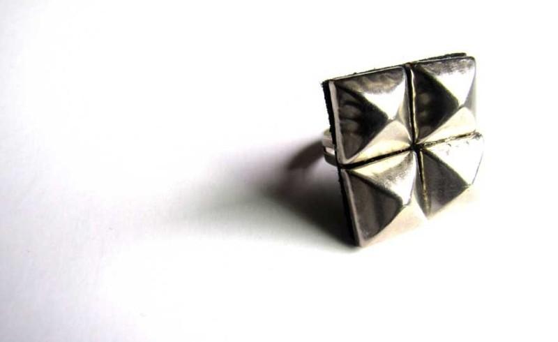 Girl Wonder studded ring