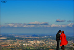 [] ([Paulita]) Tags: camera city blue red espaa mountain love field azul clouds buildings libertad reflex rojo edificios amor sony ciudad cielo 200 nubes pies campo mallorca mundo montaas celeste randa parejas dsrl