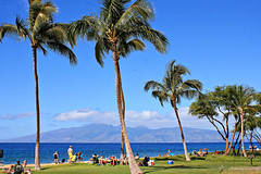 Ka'anapali Beach looking out at Molokai by Elisa Sherman | photosbyelisa.com