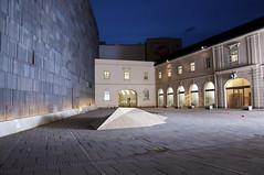 DSC_2157 (thi.g) Tags: vienna dark evening nikon thig museumsquartier d90 thilogierschner