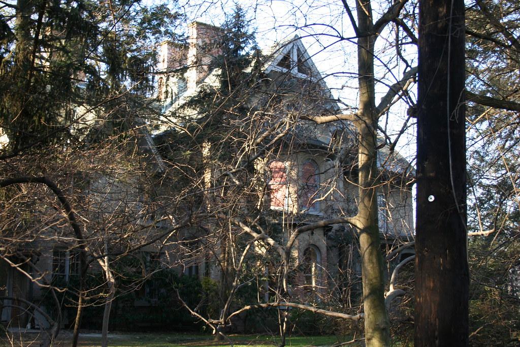 Percy Pyne-Elie Nadelman House (Alderbrook House)