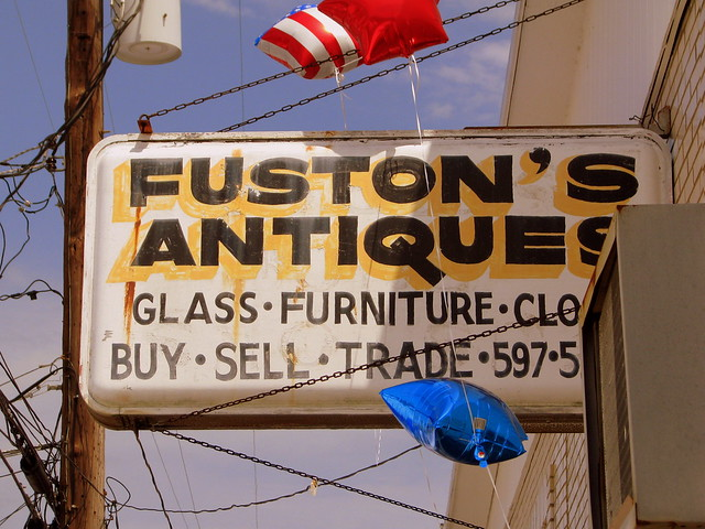Fuston's Antiques sign