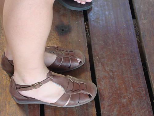 feet girl sandals retrosandals