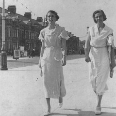 Marguerite and Johanna on holiday, 1930s, UK (emmdee) Tags: holiday 1930s marguerite johanna