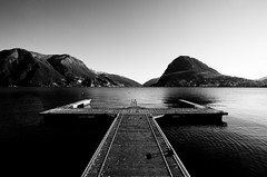 Don't jump in the lake! (David L.) Tags: lugano canonef1740f4l explored 5dmarkii flckerianiticinesi