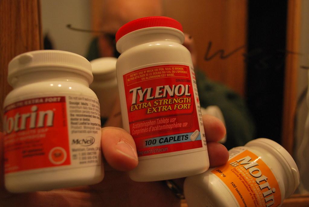 headache tylenol or motrin
