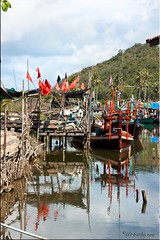 Ban Krut Fishing Village (Ursula in Aus (Away)) Tags: water thailand boat  prachuapkhirikhan bankrut  earthasia  totallythailand