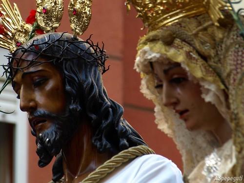 semana santa malaga 2010 jesus cautivo. Padre Jesús Cautivo y María
