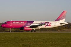 HA-LPJ - 3217 - Wizzair - Luton - 071109 - Steven Gray - IMG_4933