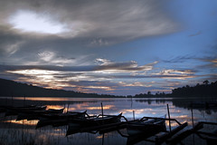 A New Day (sektordua) Tags: morning bali lake beratan