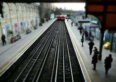 Train Set (Nanagyei) Tags: people london underground lumix tube ps panasonic trainset tiltshift westbrompton dmctz3 onmywayto