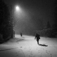Neige matinale (bis) (philoufr) Tags: winter blackandwhite snow night square noiretblanc hiver earlymorning neige frontpage nuit petitmatin explored andrésy carréfrançais canonpowershots90