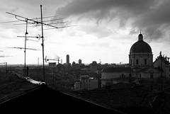 Brescia (Autobed) Tags: bw white black crystal palace piazza duomo grattacielo brescia bianco nero vittoria canonefs1755mmf28isusm bncitt