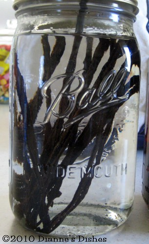 "Make Your Own Vanilla Extract: Ready to ""Steep"""
