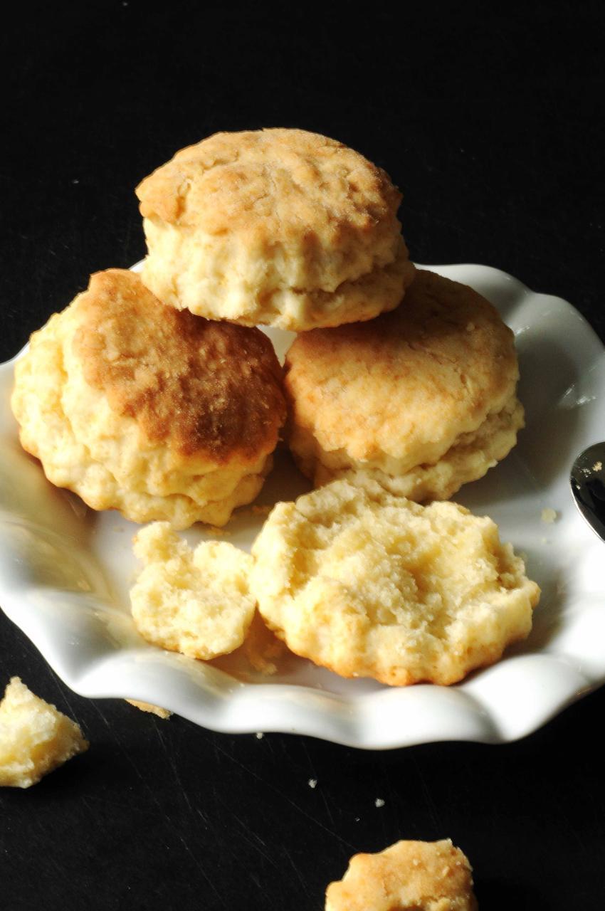 cream biscuits 2