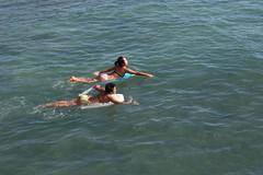 Girls Boogie Boarding, The Wall, Waikiki Beach (Hawaii Travel Forum) Tags: hawaii waikiki oahu honolulu boogieboard