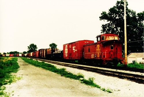 Eastbound Atchinson, Topeka & Santa Fe transfer train. Chicago Illinois. September 1988. by Eddie from Chicago