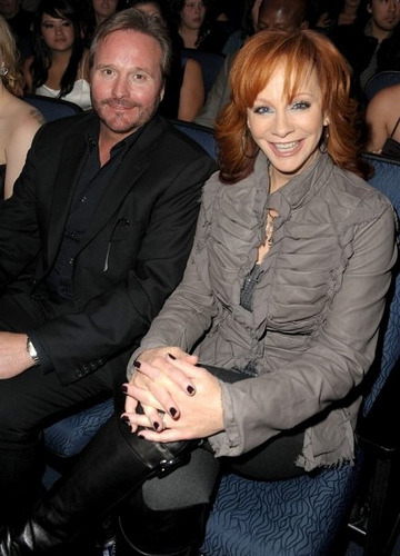 reba mcentire and husband narvel blackstock. Reba McEntire and Narvel Blackstock