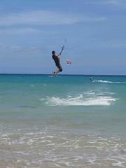 IMG_2898 (miss_verstaendnis) Tags: ocean sea sun kite beach water strand meer wasser sommer fuerteventura kitesurfing atlantic canaries sonne atlanticocean canaryisland fuerte kitesurfen sotavento wassersport sotaventobeach