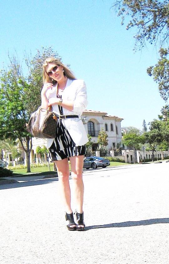 black and white tribal dress+white blazer-1-1