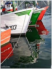 Puerto Burela (celicom) Tags: puerto agua barcos reflexions reflejos burela costadelugo marcialitoquinto virxendosmilagros siemprejesúsdolores