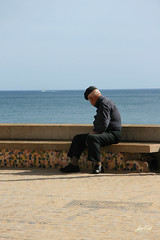 The old man and the sea (paral_lax <)><) Tags: sea candid oldman zee oudeman portugal2010