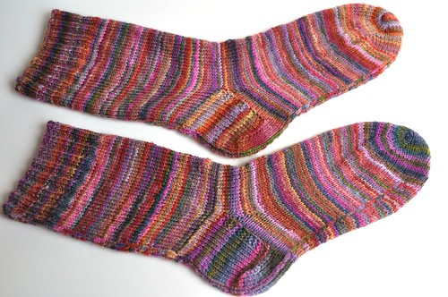 FCK MB S-S-2010-purple and red colorway - half of fiber-socks done-2