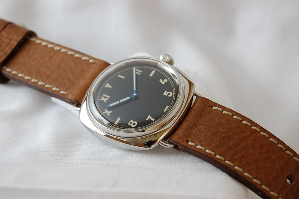 Review PAM 249 California Dial