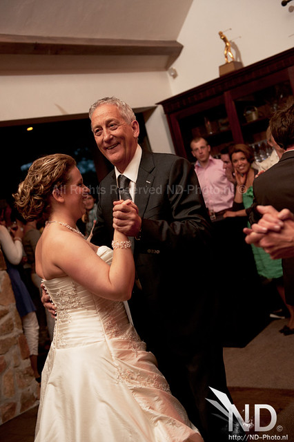 Father and daughter breaking it down on the dancefloor