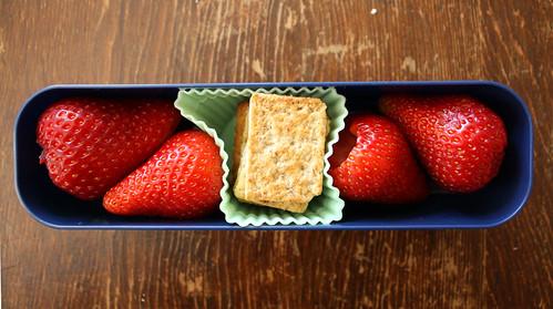 Kindergarten Snack #102: June 7, 2010