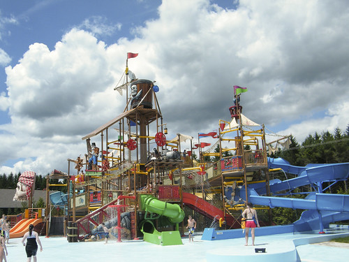 Pirate splash pad