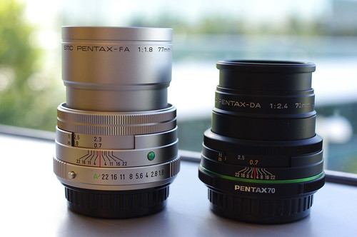 pentax fa 77mm f/1.8 limited vs pentax da 70mm f/2.4 limited