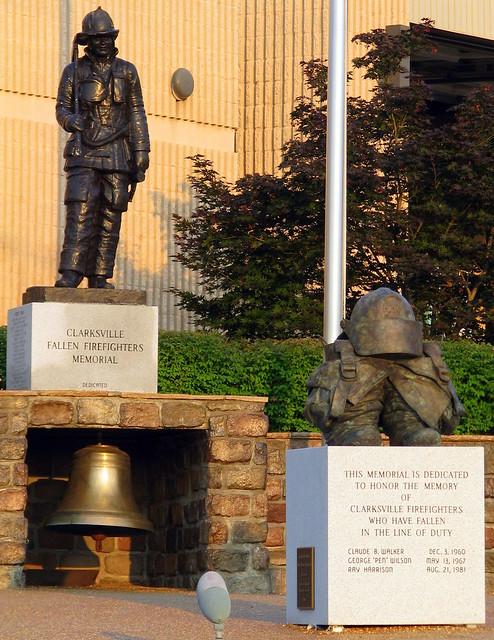 Clarksville Fallen Firefighter Statue