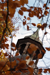 Lingen - Glockenturm Kreuzkirche (milanpaul) Tags: deutschland herbst kirche stadt gebude 2010 emsland lingen niedersachsen canonefs60mmmacro kreuzkirche canoneos450