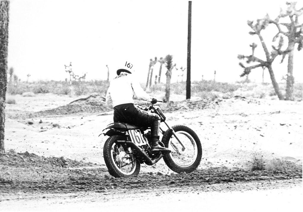 Suzuki TS185 - December 17,1972 at Adelanto Raceway