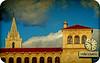 PALACIO DE LOS GUZMANES Y TORRE DE LA CATEDRAL (LEÓN-SPAIN) (ABUELA PINOCHO ) Tags: españa spain catedral anuncio leon nubes reloj embrujo palaciodelosguzmanes artofimages selectbestfavorites recoilx urvision