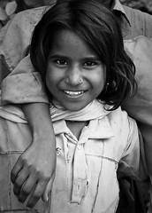 Friendship (Alejandro Castro de la Iglesia) Tags: india streets children rajasthan