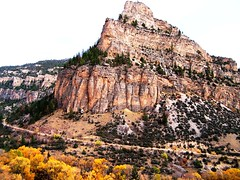 WY-US16-10sleepCanyon prmntory hor best 10-06 (lauramdellinger) Tags: cliff canyon wyoming bighornmountains us16 tensleepcanyon