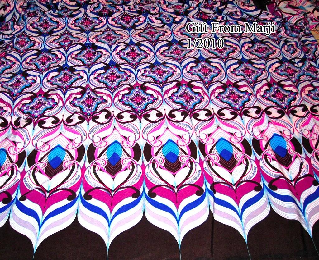 Border Print Knit. 1-2010
