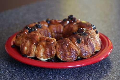 rosemary-raisin monkey bread